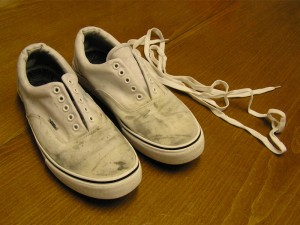 how to clean stains white vans bleach